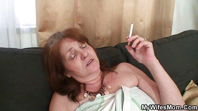 黒の上司、仕事で膣のスキニーアシスタント。 女子 専用 エロ 動画