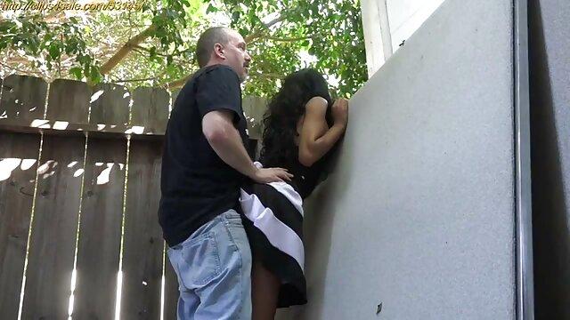 夫の指とパンティー犯さ妻と黒ストッキング 無料 女性 専用 エロ 動画