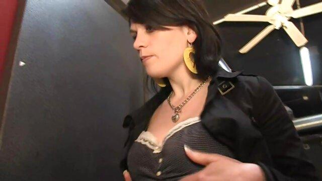タイトな部下を持つ上司はペニスを吸い、下の肛門を置き換えます 女性 専用 アダルト 動画