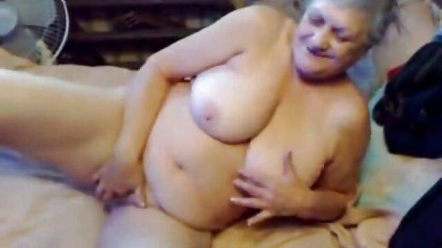 その男は馬鹿だった。 アナルセックス古い。 無料 アダルト 動画 女性 専用