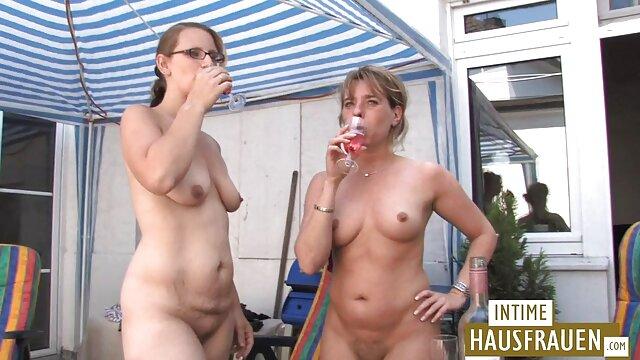 若いレズビアンとデニムのショートパンツへくそでa農場 女子 専用 無料 エロ 動画