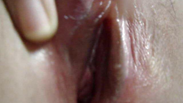 オタク18歳は、オナニーの巨乳の後に男性を食べます。 エロ 動画 無料 女性 専用