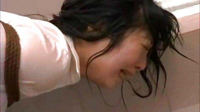 四女の子はベッドで寝てください 女性 専用 エロ 動画