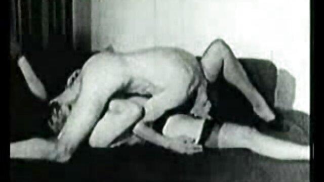 仮面の女がフェラチオをする。 エロ 動画 女性 用 風俗
