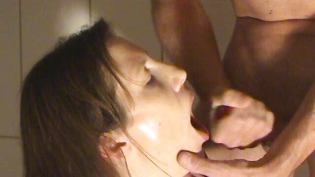 ゴンドラはお尻の高貴な女性をクソ。 無料 女性 専用 エロ 動画