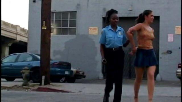 フェイカーは白い直腸で黒人女性と女の子を食べました。 女 専用 エロ 動画