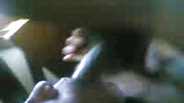 シリコーンの胸。 エロ 動画 女性 用 風俗
