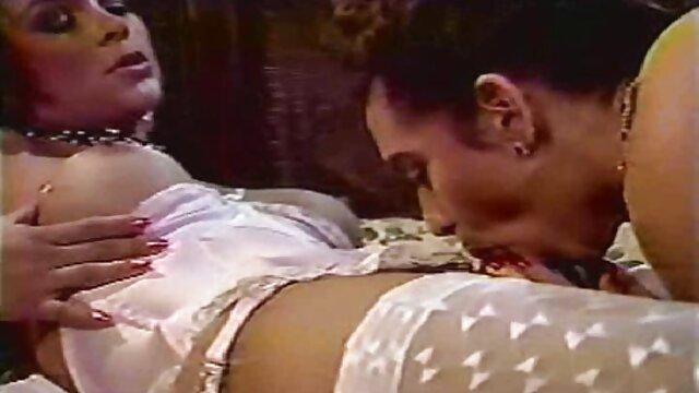 ロシアのマッサージルームで肛門性。 女性 専用 無料 アダルト ビデオ