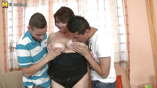 彼らは膣内の男の顔に座っている。 無料 女性 専用 アダルト